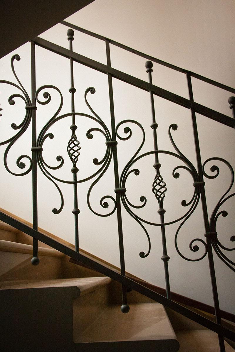 кованые ограждения лестниц картинки фотосессия может